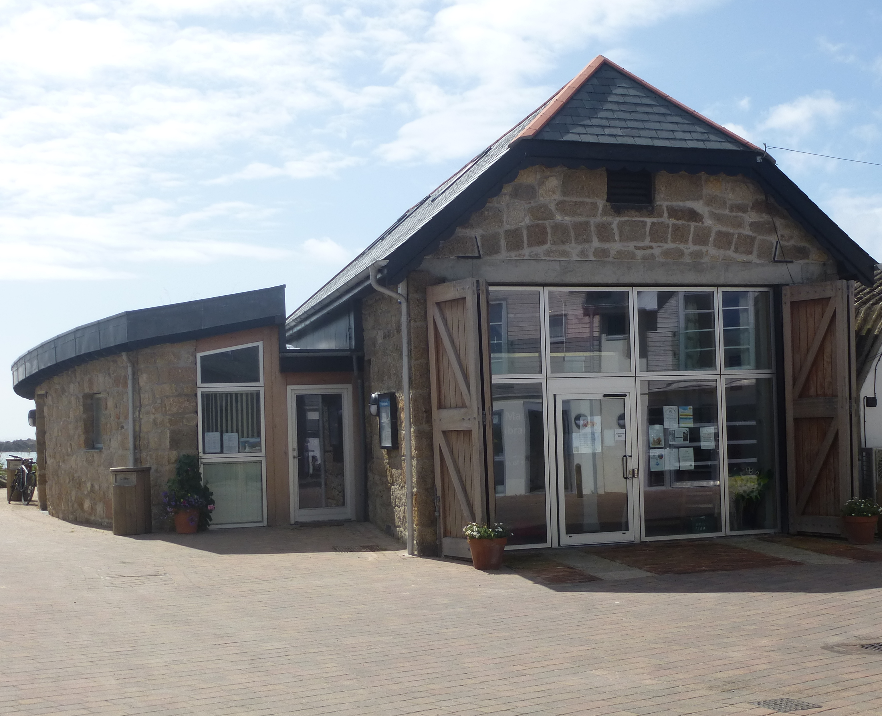 Register office and library, Scilly
